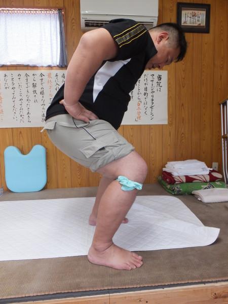 サラシを使って膝の安定性と腓骨を固定させると痛くない??